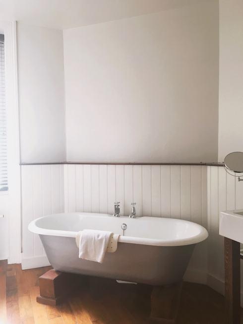 Hotel Du Vin, Tunbridge Wells, photo of the roll top bath