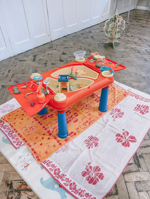 Messy Play Water Table